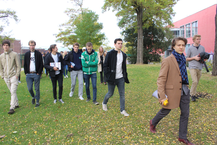 guided_tour_001.jpg